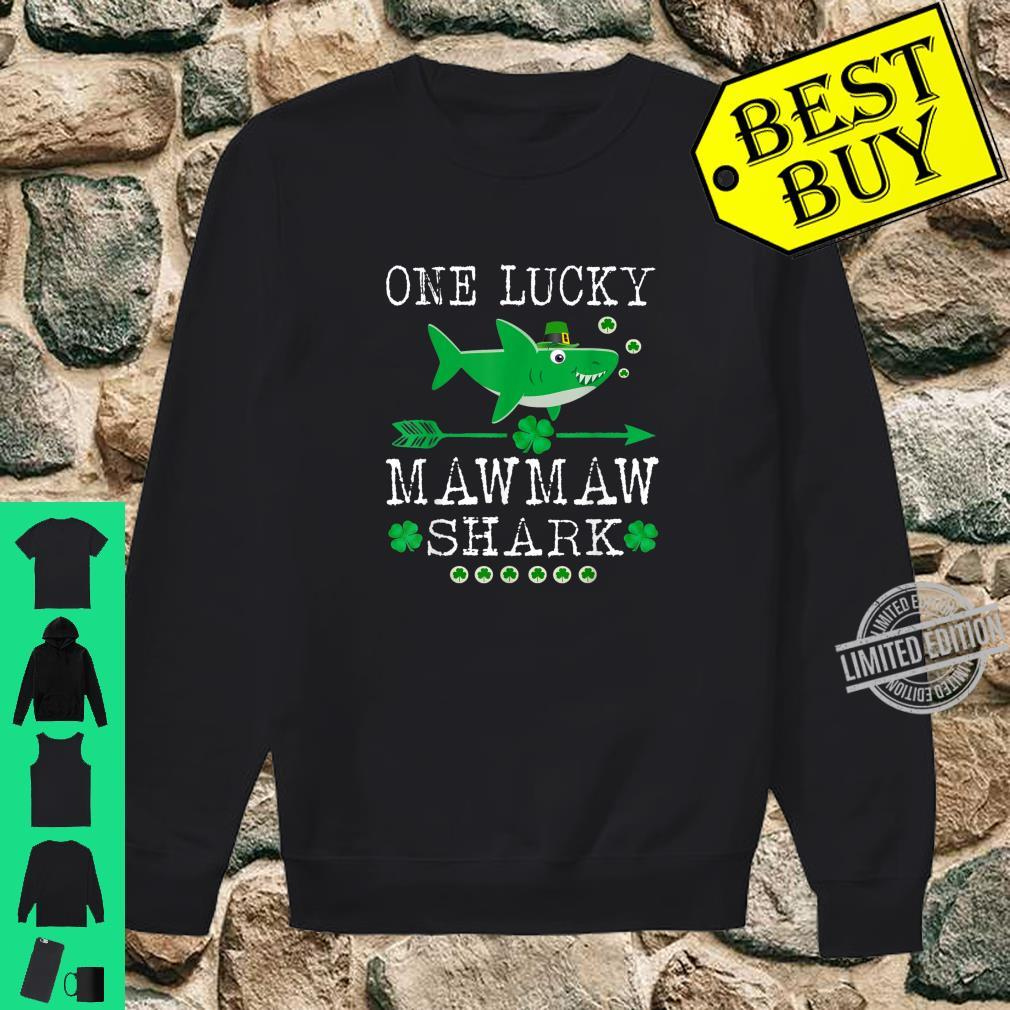 One Lucky Mawmaw Shark St Patrick Day Shirt sweater